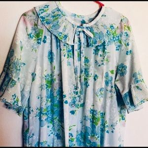 Vintage Floral Blue Ruffle HouseCoat Nightgown